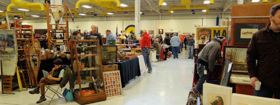 Antique Sporting and Advertising Show in Oshkosh, Wisconsin